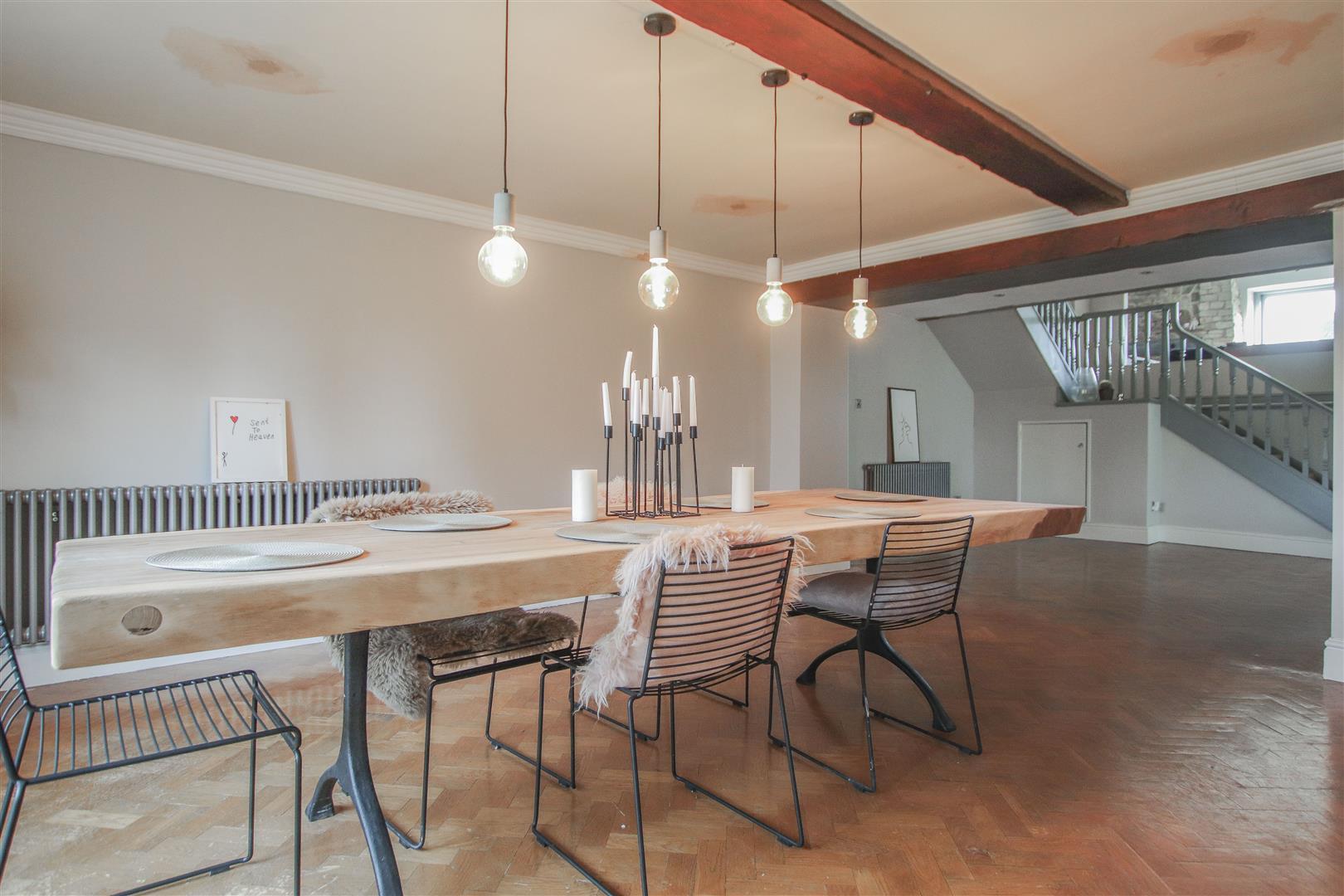 6 Bedroom Barn Conversion For Sale - 3.JPG